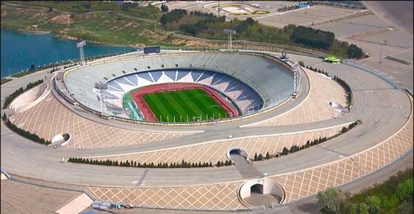 افتتاح ورزشگاه آریامهر(آزادی فعلی)
