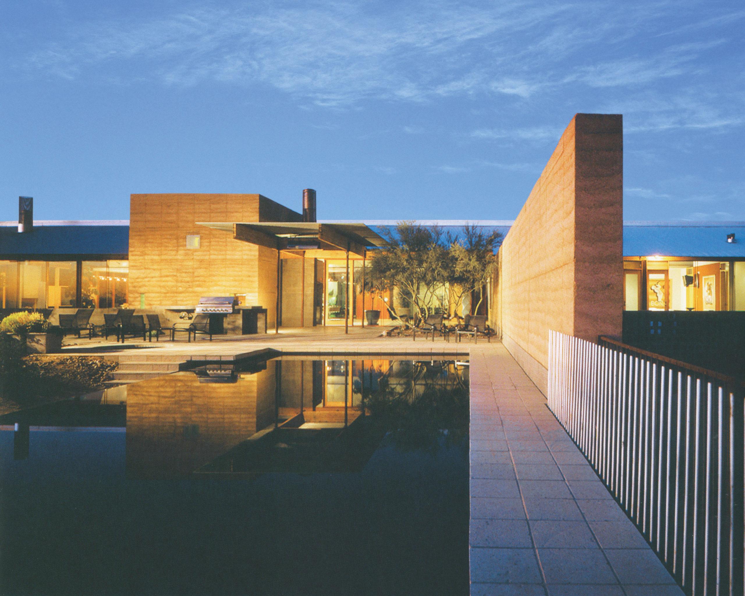 پروژهی خانهی مسکونی در آریزونا، ادی جونز، 1997