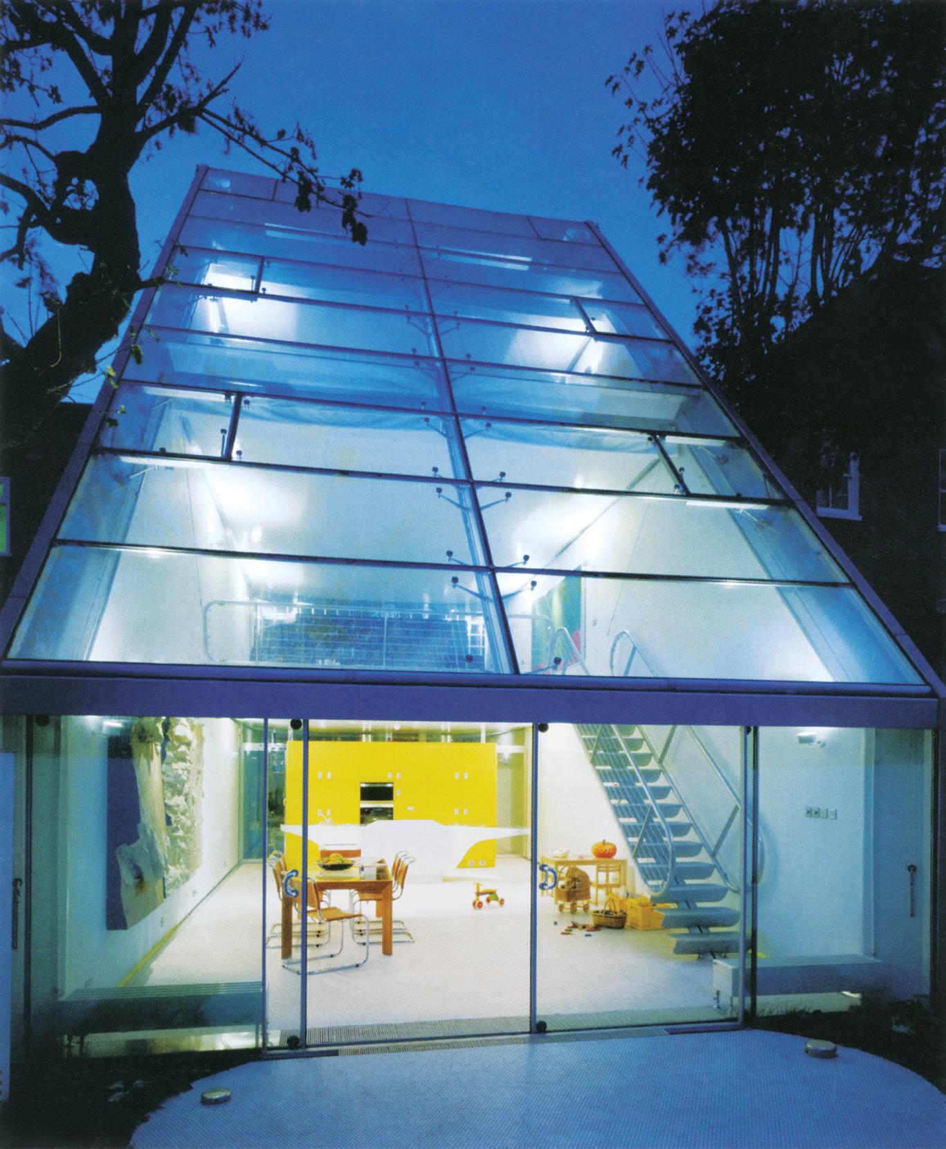تصاویر این صفحه: فیوچر سیستمز، خانهی هاؤئِر-کینگ؛ لندن، انگلیس، 1994