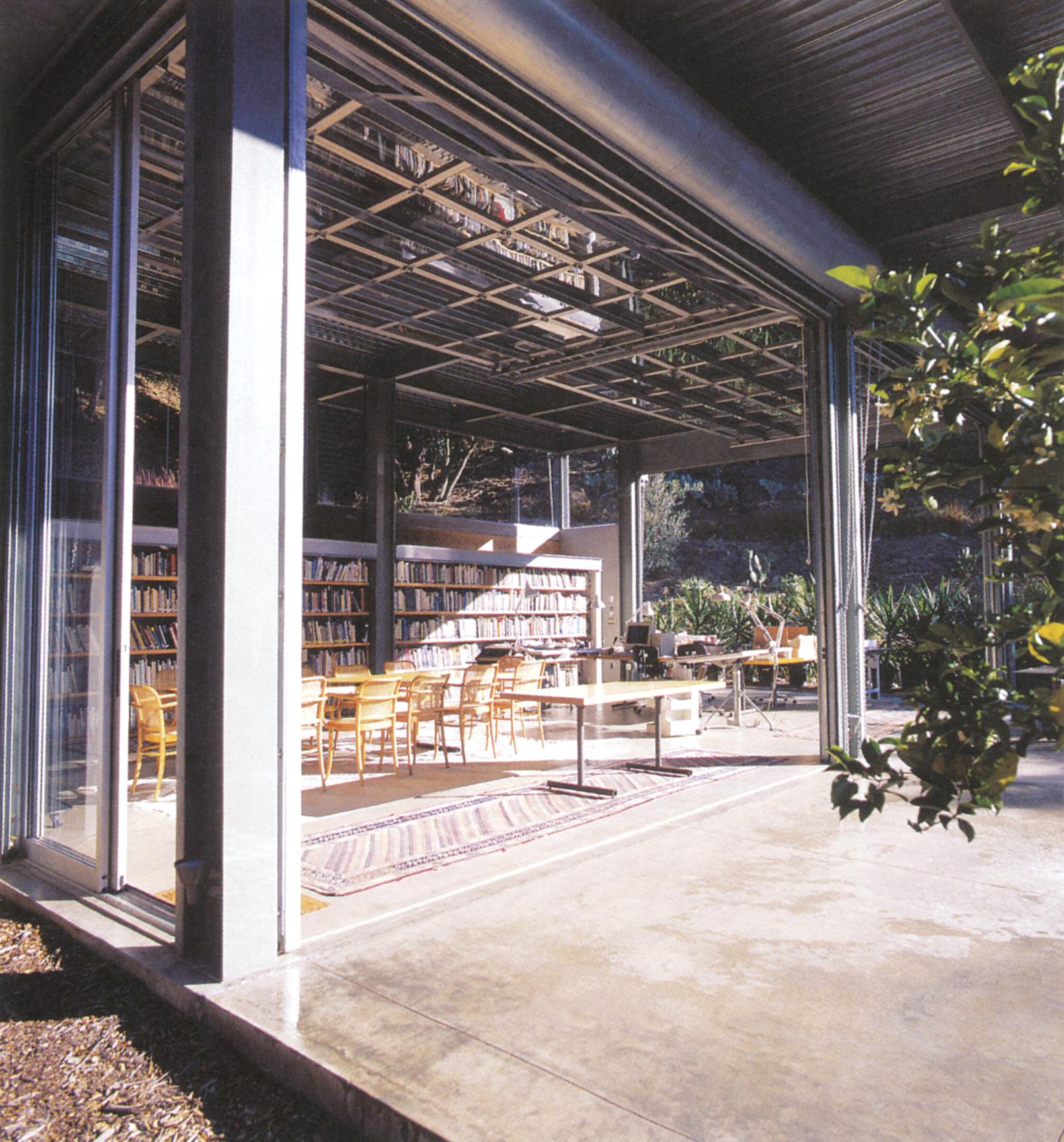 تصاویر بالا: شرکت معماران بارتون مایِرز، طراحی یک خانه و استودیو در تورو کانیون؛ مونتهسیتو، کالیفرنیا، 1999